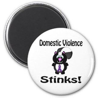 Domestic Violence Stinks Skunk Awareness Design 6 Cm Round Magnet