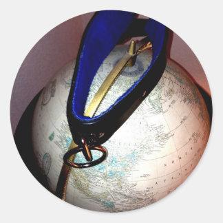 DOMME WORLD 1 ROUND STICKER
