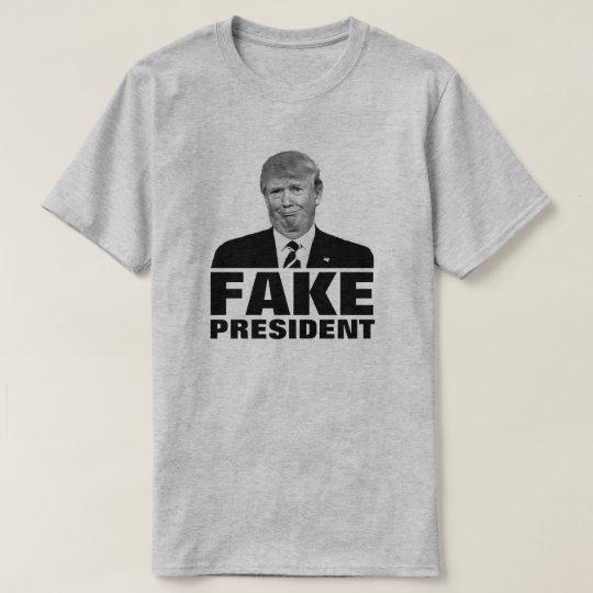 "Donald Trump ""FAKE PRESIDENT"" For Light Colours T-Shirt"