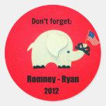 Don't forget: Romney - Ryan 2012 Classic Round Sticker