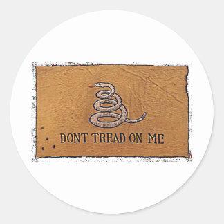 dont tread on me round sticker