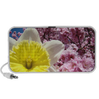 Doodle Speakersw Spring Daffodil Pink Blossoms Laptop Speakers