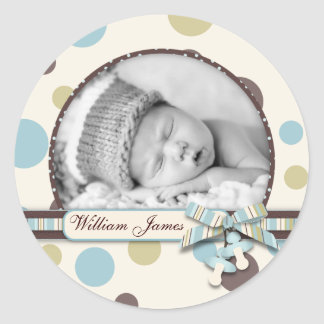 Dot Print with 3D-look Bow Birth Announcement Round Sticker