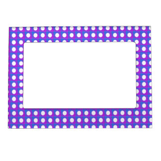 Dots n circles pattern magnetic frame
