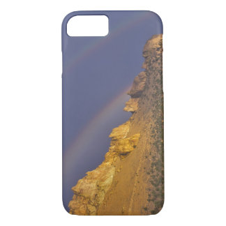 Double rainbow over a rock formation near Smith iPhone 8/7 Case