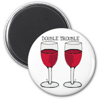DOUBLE TROUBLE RED WINE PAIR PRINT 6 CM ROUND MAGNET