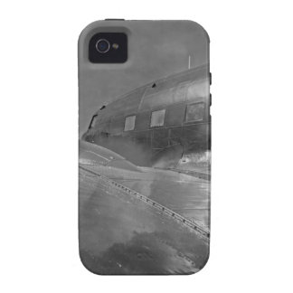 Douglas DC-3 Dakota aircraft flying home iPhone 4/4S Cover