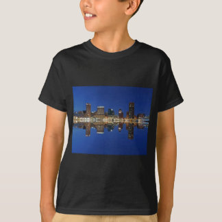 Downtown Baltimore Maryland Dusk Skyline Reflectio T-shirt