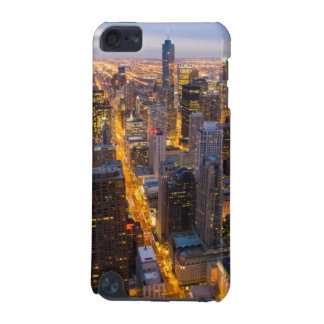 Downtown Chicago skyline at dusk iPod Touch 5G Case