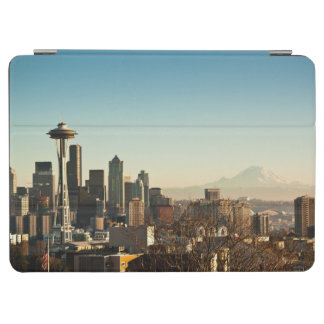 Downtown Seattle skyline and Space Needle iPad Air Cover
