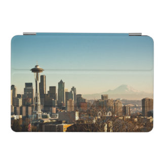 Downtown Seattle skyline and Space Needle iPad Mini Cover