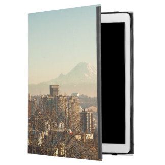"Downtown Seattle skyline and Space Needle iPad Pro 12.9"" Case"