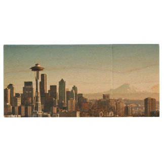 Downtown Seattle skyline and Space Needle Wood USB 2.0 Flash Drive