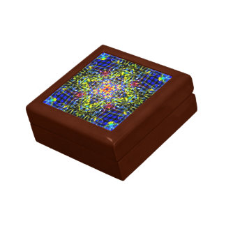 Dragon tongue mandala small square gift box