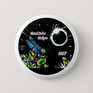 Dragonfly Observing the Total Solar Eclipse 2017 6 Cm Round Badge