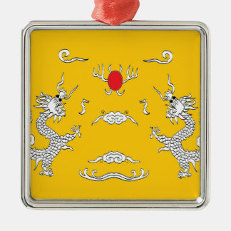 dragons-yelow.jpg Silver-Colored square decoration
