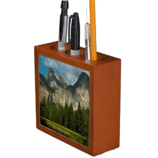 Dramatic View Of Yosemite Valley From The Gates Desk Organiser