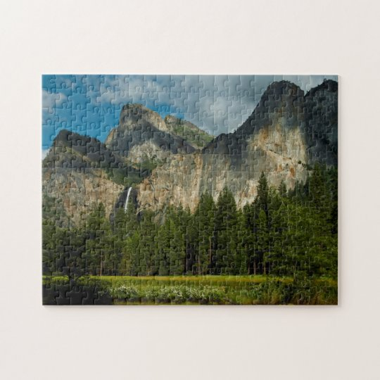 Dramatic View Of Yosemite Valley From The Gates