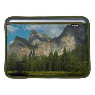 Dramatic View Of Yosemite Valley From The Gates MacBook Sleeve