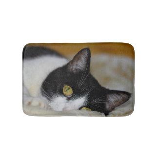 Dreamy cat bath mat