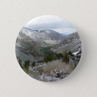 Driving Through the Snowy Sierra Nevada Mountains 6 Cm Round Badge