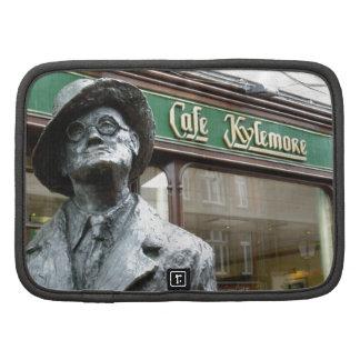 Dublin Irlanda Café Kylemore James Joyce Statue Planificadores