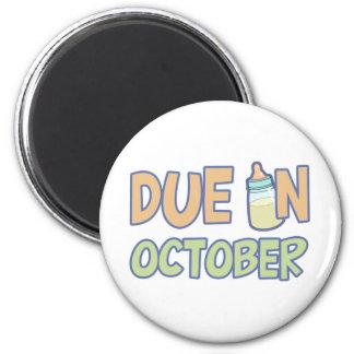 Due In October 6 Cm Round Magnet