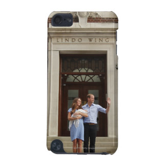 Duke & Duchess Of Cambridge at Lindo Wing 2 iPod Touch (5th Generation) Cover