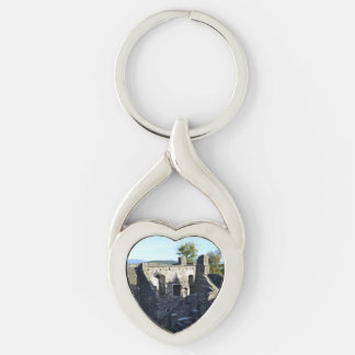 Dunstaffnage Ruins Silver-Colored Twisted Heart Key Ring