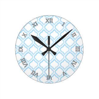 Duo-tone Moroccan Trellis (Blue) (Monogram) Round Clock