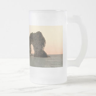 Durdle Door, Lulworth, Dorset, England Frosted Glass Beer Mug