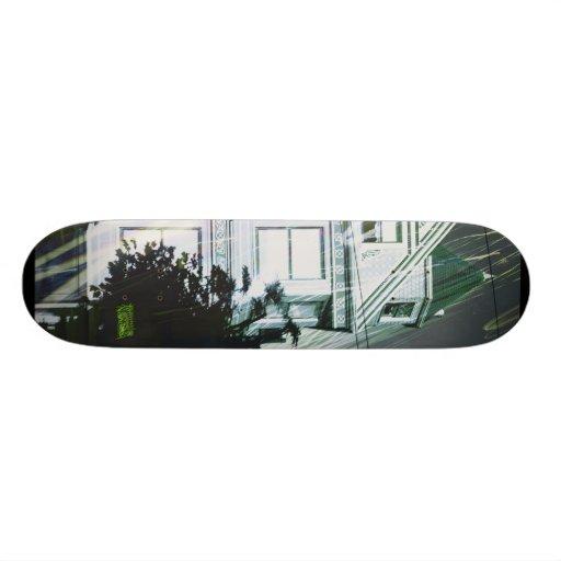 E-Lectric Hawse of Green Skate Deck