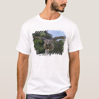 Eagle Owl (Bubo bubo) T-Shirt