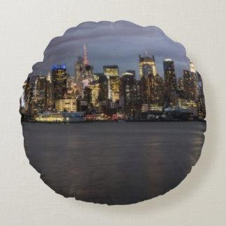 Early evening panoramic view of Manhattan Round Cushion