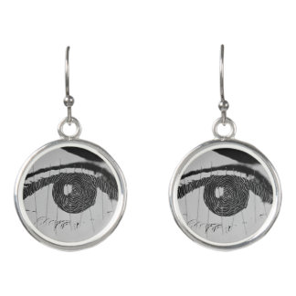 Earrings with photos of the eyes