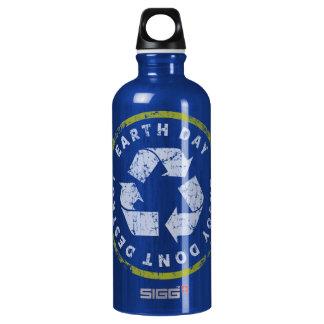 Earth Day Enjoy Dont Destroy SIGG Traveller 0.6L Water Bottle