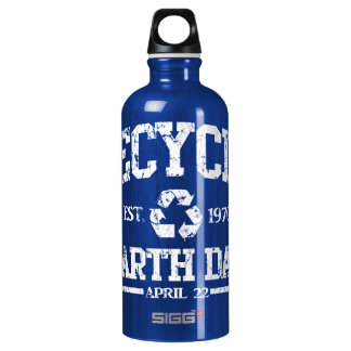 Earth Day Est 1970 Recycle SIGG Traveller 0.6L Water Bottle