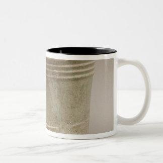 Earthenware tripod vessel Two-Tone coffee mug