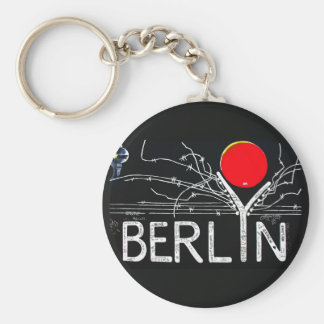 East Side Gallery, Berlin Wall, Barbed Wire/Red Su Basic Round Button Key Ring