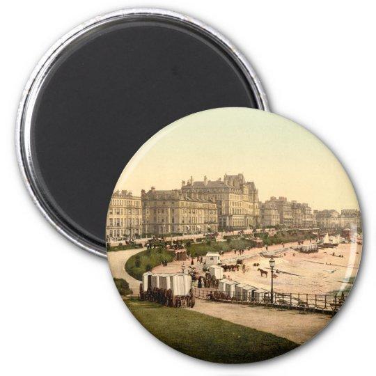 Eastbourne Parade, Sussex, England 6 Cm Round Magnet