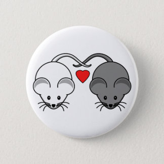 Ebony and Ivory Mouse Love 6 Cm Round Badge