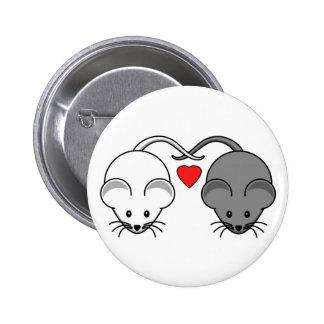 Ebony and Ivory Mouse Love 6 Cm Round Badge