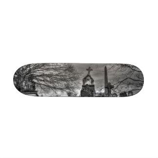eerie graveyard 20 cm skateboard deck