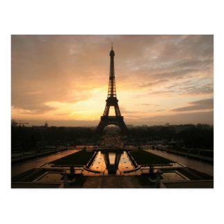 eiffel dawn postcard