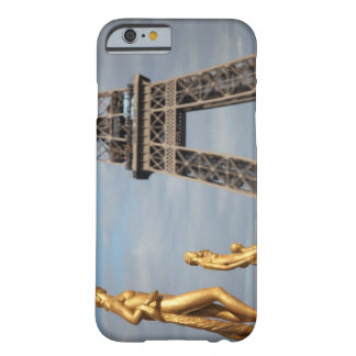 Eiffel tower 2 barely there iPhone 6 case