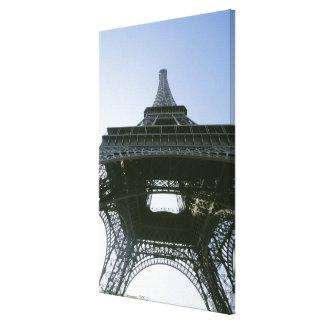 eiffel tower 4 canvas print