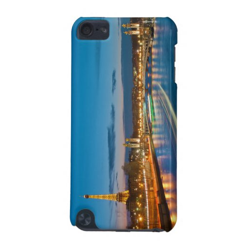 Eiffel Tower and Pont Alexandre III at Night iPod Touch (5th Generation) Case