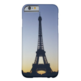 Eiffel Tower at sunset Barely There iPhone 6 Case
