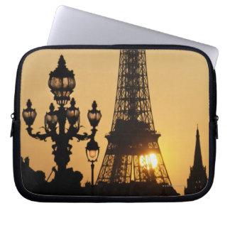 Eiffel tower at sunset laptop sleeve