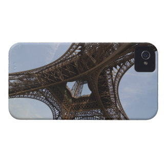 Eiffel Tower in Paris, low angle view Case-Mate iPhone 4 Case
